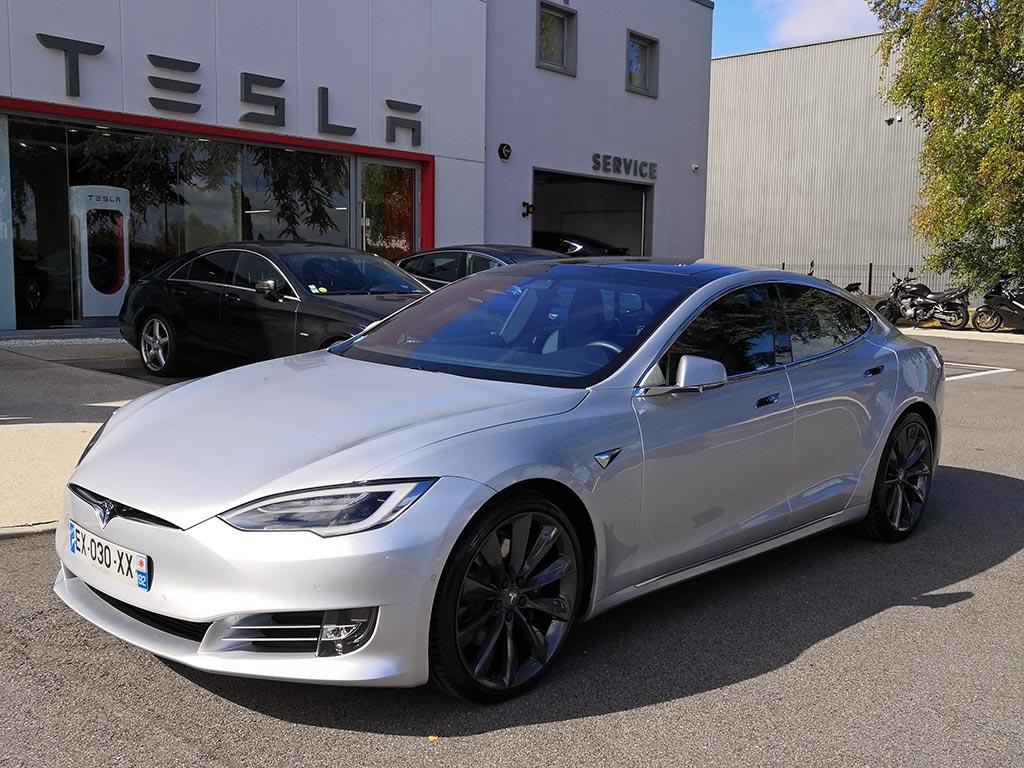 Tesla chambourcy centre