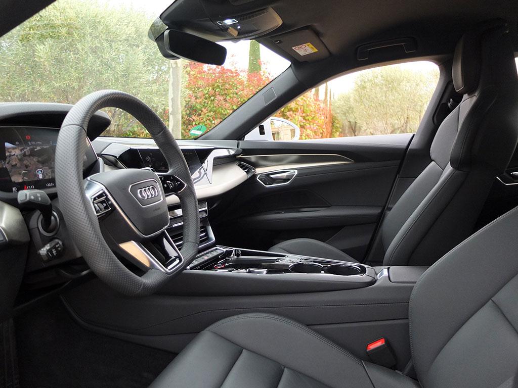 Essai Audi e-tron GT quattro - intérieur