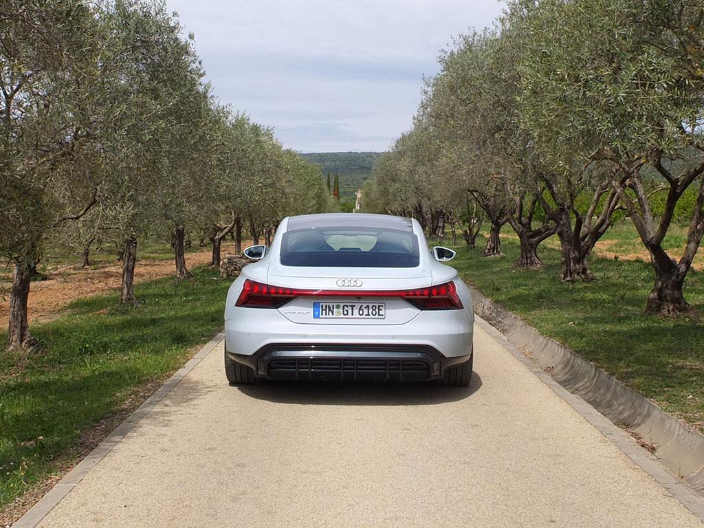 Essai Audi e-tron GT quattro